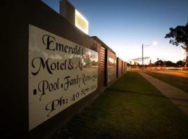 Emerald Gardens Motel & Apartments, hotel in Emerald