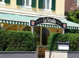 La Strada, hotel near Burgruine Werdenfels, Murnau am Staffelsee