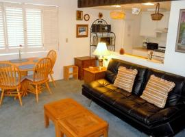 Three-Bedroom Deluxe Townhouse Unit #2 by Snow Summit Townhouses