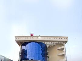 Lotus 8 Hotel, hotel in Cochin