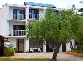 Rooms Amfora, hotel in Krk