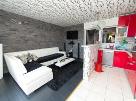 Apartment Adi Center (free parking), boutique hotel in Šibenik