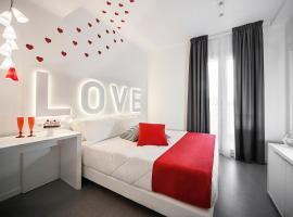 Hotel Love Boat