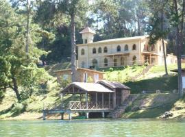 Le Chateau du Lac