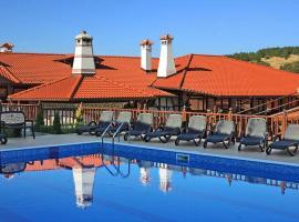 Рачев Хотел Резиденс, хотел в Арбанаси