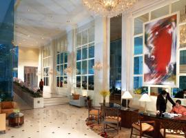 Shangri-La Apartments