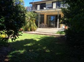 Nelsons Beach Lodge Holiday Home