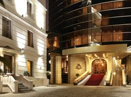 Nobil Luxury Boutique Hotel