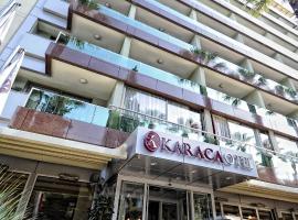 Karaca Hotel, מלון באיזמיר