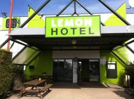 Lemon Hotel Dreux Chartres, hotel in Dreux