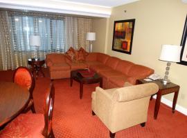 Suites at Jockey Club (No Resort Fee), apartment in Las Vegas