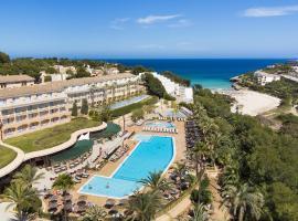 Insotel Cala Mandia Resort, hotel near Cala Anguila Beach, Cala Mendia