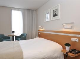 Business By Parkhotel -ANNEX-, hotel in Kortrijk