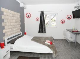 Apartments & Room Dijana