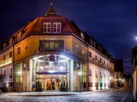 Hotel im. Jana Pawła II, hotel near Galeria Dominikańska Shopping Centre, Wrocław