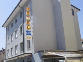 Hotel Tognon, hotel in Grado