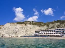 Hotel Vittorio Beach Resort, hotel in Ischia