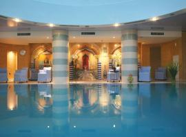 מלון ספא קלאב ים המלח, מלון בעין בוקק