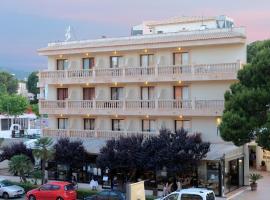 Hostal Alfonso, hotel in Cala Ratjada