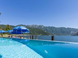 Hotel Riviera, hotel in Melide