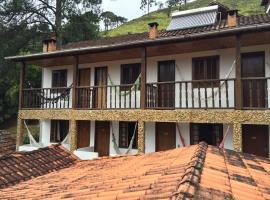 Pousada Cantinho da Montanha, hotel in Visconde De Maua