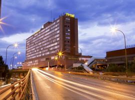 Hotel Weare Chamartin, hotel in Madrid