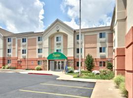 MCM Elegante Suites, pet-friendly hotel in Colorado Springs