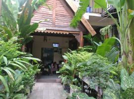 Eco House, homestay in Bangkok