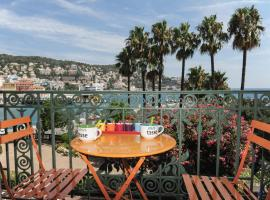Apart Overlooking The Port Of Nice