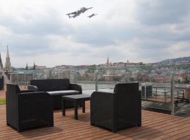 Parliament Penthouse Boutique B&b: Budapeşte'de bir Oda ve Kahvaltı
