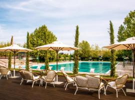 Living Place Hotel, hotel in zona Fico Eataly World, Villanova