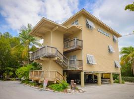 Coconut Mallory Resort and Marina