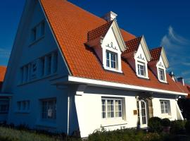 B&B Les Hirondelles, pet-friendly hotel in De Haan