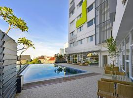 Whiz Prime Hotel Hasanuddin Makassar, hotel in Makassar