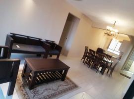 Kinora Homestay, apartment in Perai