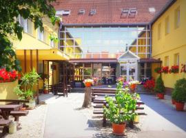 Botax Motel, hotel near Szépasszony-valley, Eger