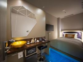 ホテル クローバー 7