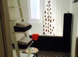Apartament KoKi Retro – hotel w pobliżu miejsca Przystań jachtowa Marina Gdynia w mieście Gdynia