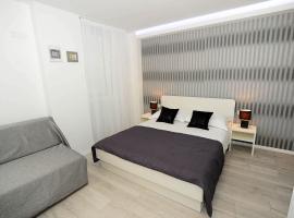 2studios Kalelarga, hotel near Greeting to the Sun, Zadar