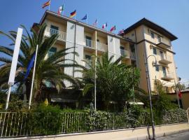 Hotel Riva, hotel a Marina di Pietrasanta