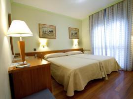 Hotel Los 5 Pinos, hotel cerca de Wanda Metropolitano, Madrid