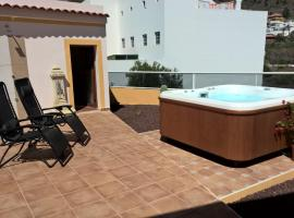 Casa Regina Tenerife, pet-friendly hotel in Tamaimo