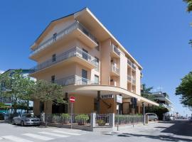 Hotel Sirena, hotel in Bellaria-Igea Marina