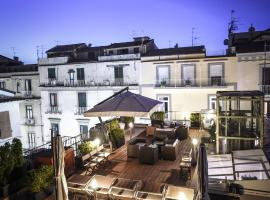 Hotel Sorrento City, hotelli Sorrentossa