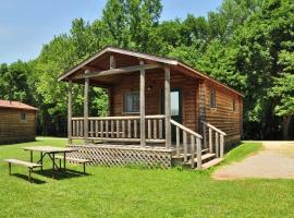 Fremont Jellystone Park Cottage 36