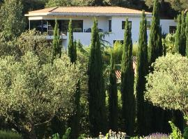 Villa Canadeau, hotel in Le Castellet