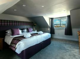 Lochside hotel