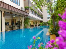 Chiang Mai Waroros Boutique Hotel