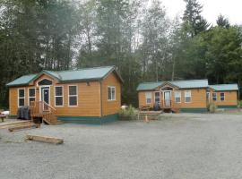 Seaside Camping Resort Cottage 11