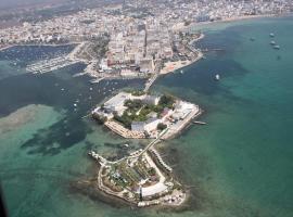 Isola lo Scoglio Hotel, hotel a Porto Cesareo